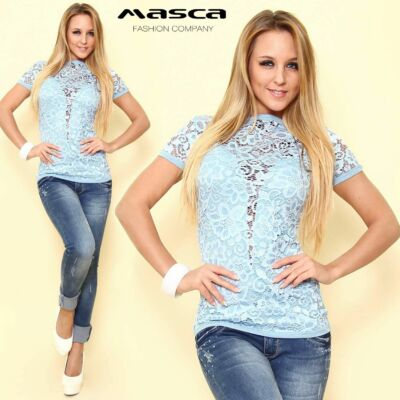 Masca Fashion rövid ujjú, elején alábélelt világoskék csipke felső, póló