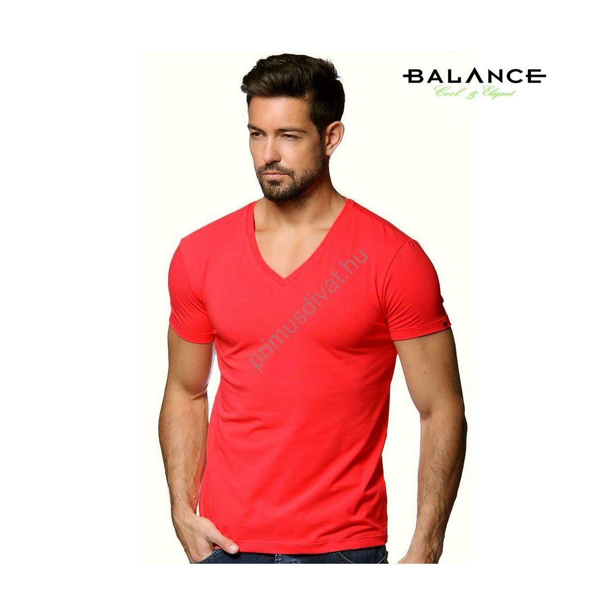 f3b1fb7b8a Kép 1/2 - Balance V-nyakú, rugalmas anyagú rövid ujjú póló, ujján fém  márkafelirattal, piros