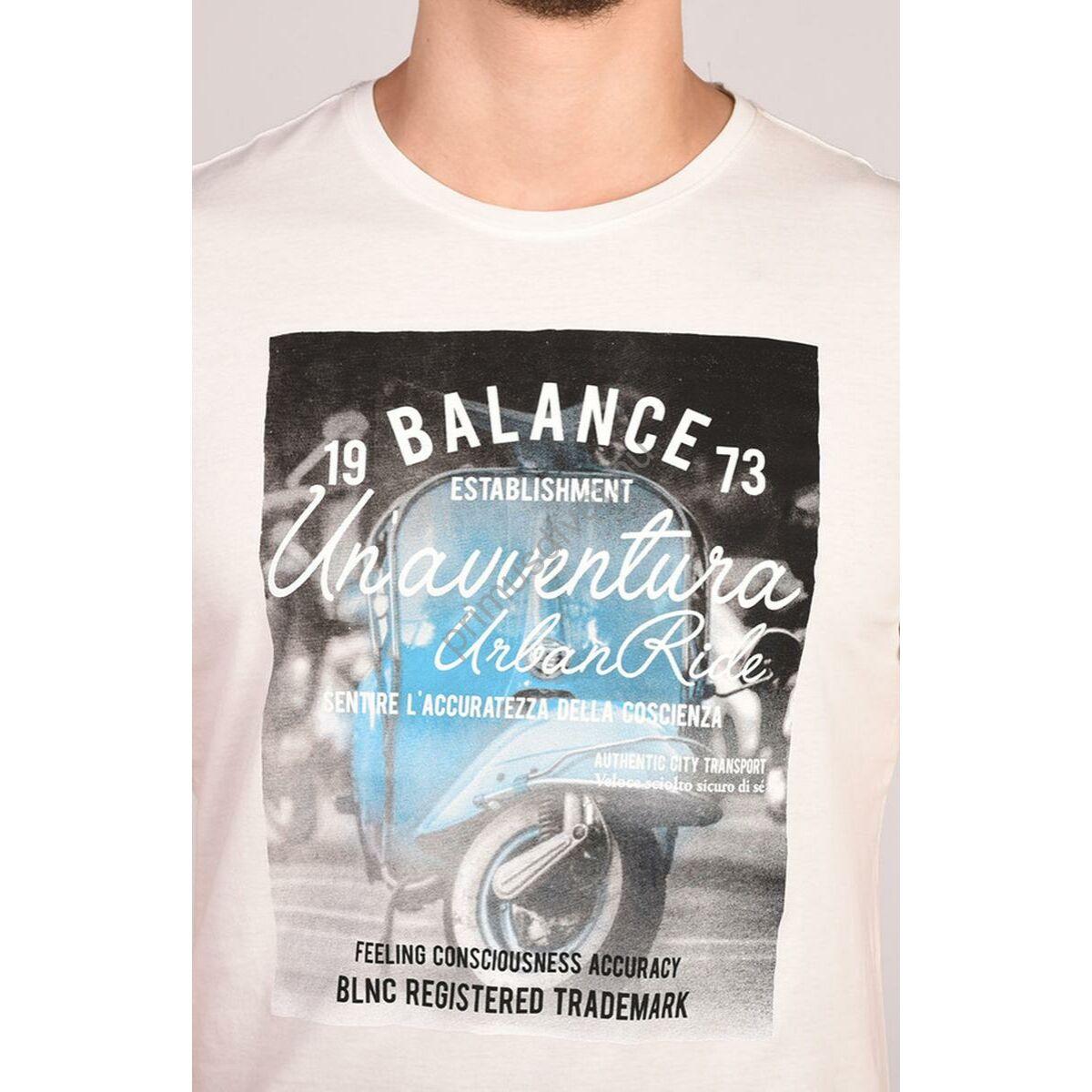 8cf359725d Balance környakas törtfehér rövid ujjú póló, vespa motoros nyomott mintával