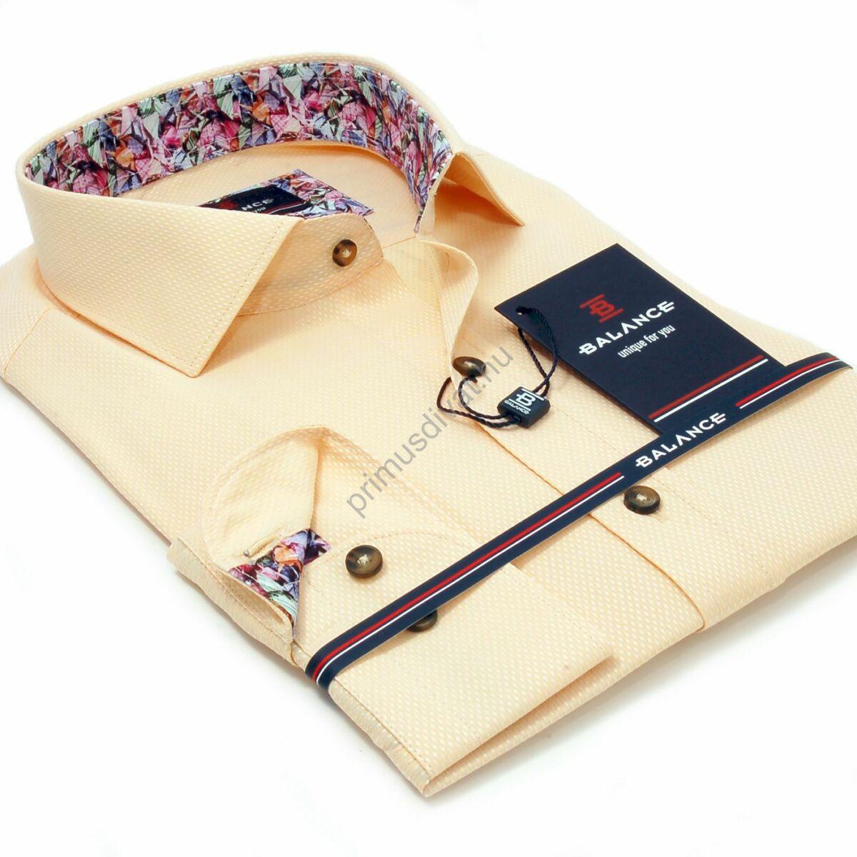 Balance anyagában szövött mintás barack színű hosszú ujjú slim-fit ing, színes mintás betétekkel