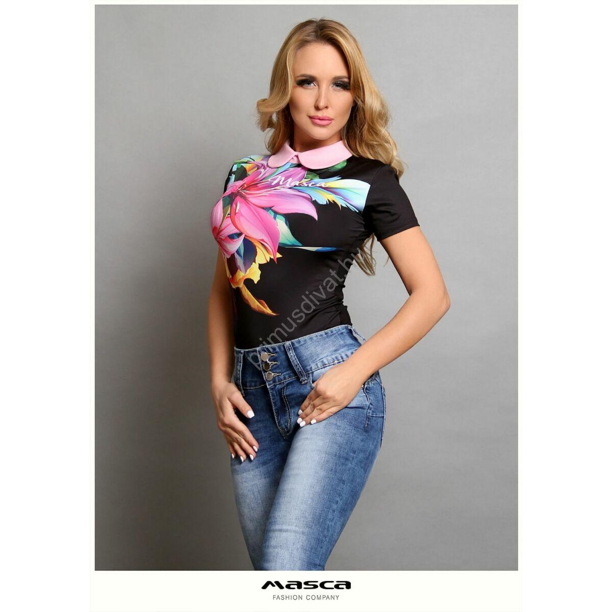 Masca Fashion rózsaszín galléros rövid ujjú, színes liliommintás fekete szűk felső