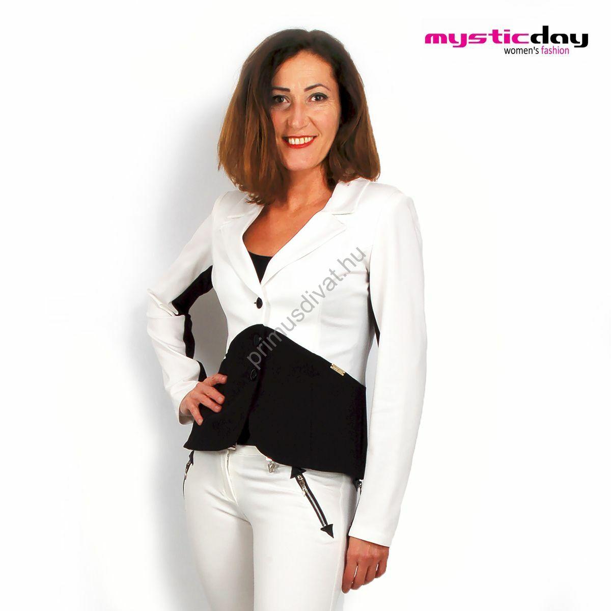 9902f73325 Kép 1/2 - Mystic Day ekrü-fekete színű három gombos karcsúsított blézer,  kabátka