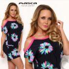 Masca Fashion nyitott vállú rövid ujjú, színes virágmotívumos sötétkék laza miniruha, pink szegőkkel