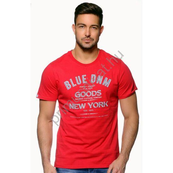 Balance környakas rövid ujjú póló, elején filmnyomott felirattal, piros