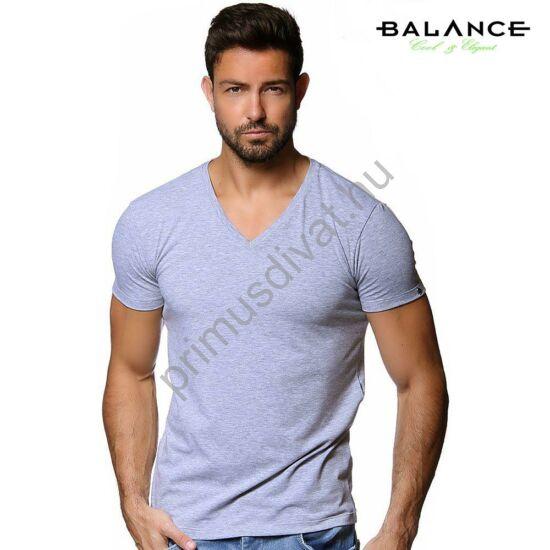 Balance V-nyakú, rugalmas anyagú rövid ujjú póló, ujján fém márkafelirattal, szürke