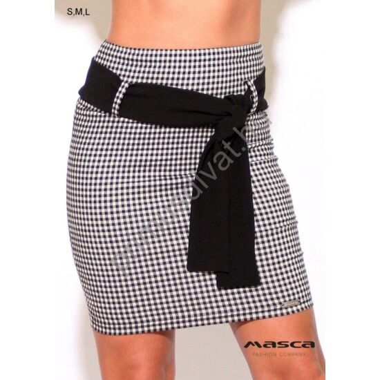 Masca Fashion magasított derekú fekete-fehér pepita szoknya, megkötős fekete viszkóz övvel