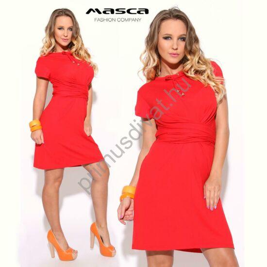 Masca Fashion mell alatt átlapolt, hátán megkötős lenge piros rövid ujjú miniruha, nyakán befűzött kötővel.