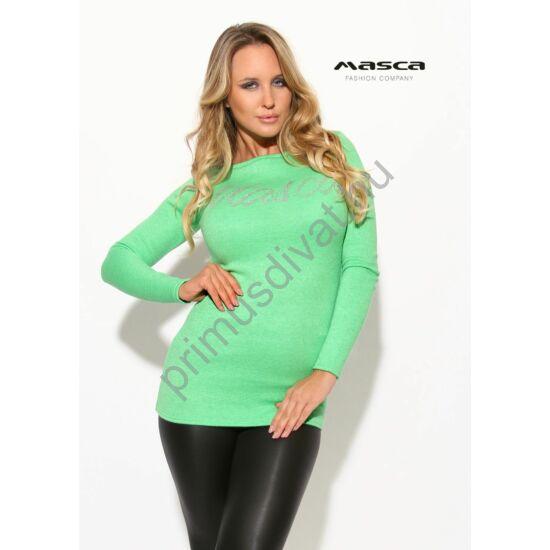 Masca Fashion csónaknyakú vékony kötött hosszú ujjú kivizöld felső, pulóver, ezüst strasszköves márkafelirattal