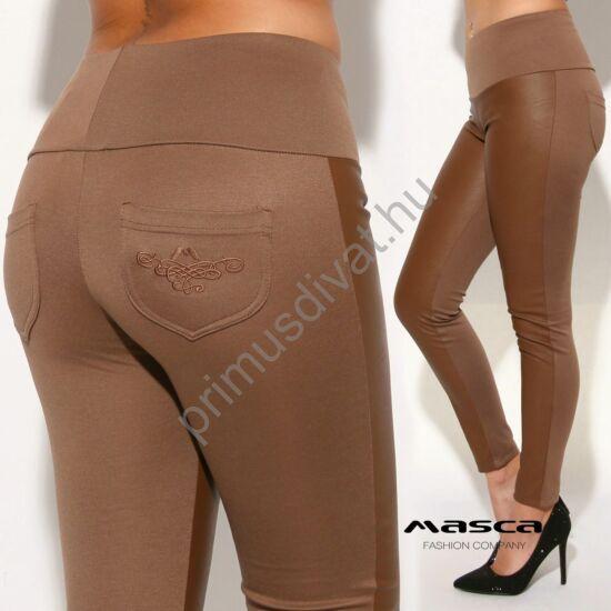 Masca Fashion magas derekú, műbőr elejű rugalmas barna leggings, cicanadrág, hímzett zsebbel