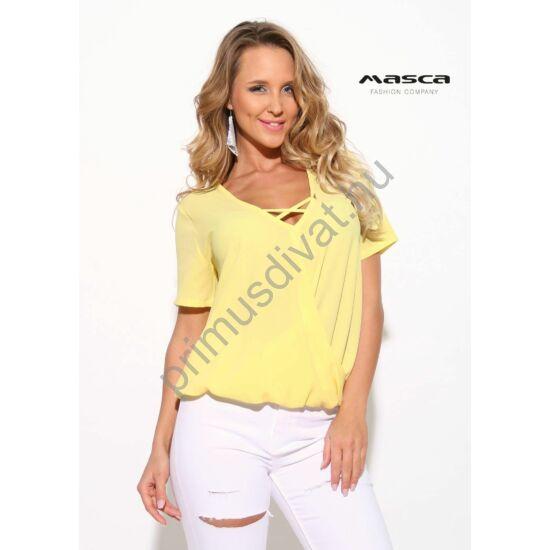 Masca Fashion pánttal összefogott V-nyakú lezser, rövid ujjú sárga felső, alján gumis behúzással