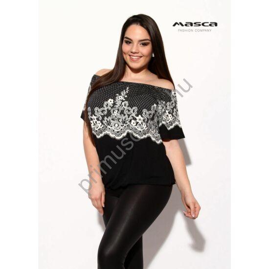 Masca Fashion vállra húzható gumírozott nyakú, nyomott fehér csipkemintás lezser fekete felső, csípőjén gumis behúzással