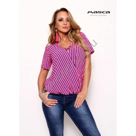 Masca Fashion pánttal összefogott V-nyakú, lezser rövid ujjú pink-kék csíkos felső, alján gumis behúzással