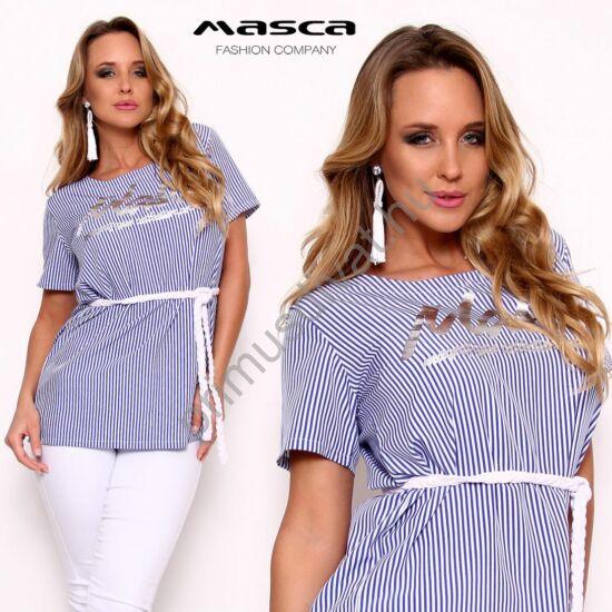 Masca Fashion környakas, kék-fehér csíkos laza vászon felső, tunika, fonott megkötős övvel, nyomott ezüst márkafelirattal