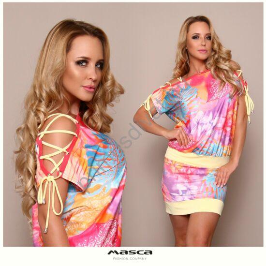 Masca Fashion fűzős nyitott vállú, vízfesték hatású pasztell színű mintás lezser miniruha, vanília-sárga betétekkel