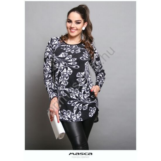 Masca Fashion csípéses nyakú hosszú ujjú fekete-fehér mintás vékony kötött zsebes tunika, alján íves szabással