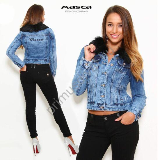 Masca Fashion levehető fekete szőrmegalléros rugalmas farmerdzseki, hátán hímzett márkafelirattal