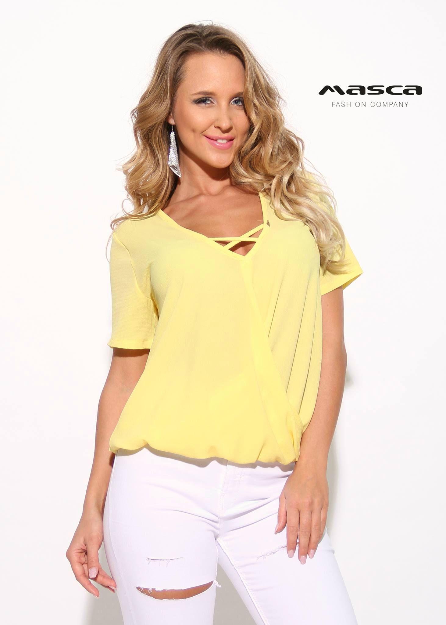 0a0f845ae1 Masca Fashion pánttal összefogott V-nyakú lezser, rövid ujjú sárga felső
